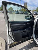 White[Blizzard Pearl] 2018 Toyota Highlander Left Rear Interior Door Panel Photo in Brampton ON
