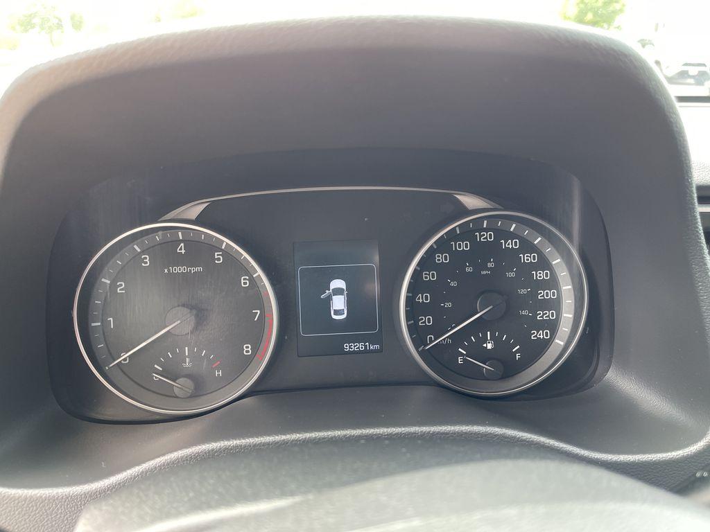 White[Polar White] 2017 Hyundai Elantra clean Navigation Screen Closeup Photo in Brampton ON