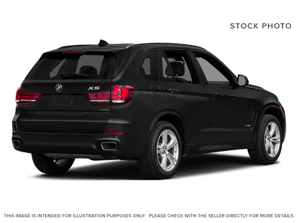 Black[Black Sapphire Metallic] 2014 BMW X5 Right Rear Corner Photo in Dartmouth NS