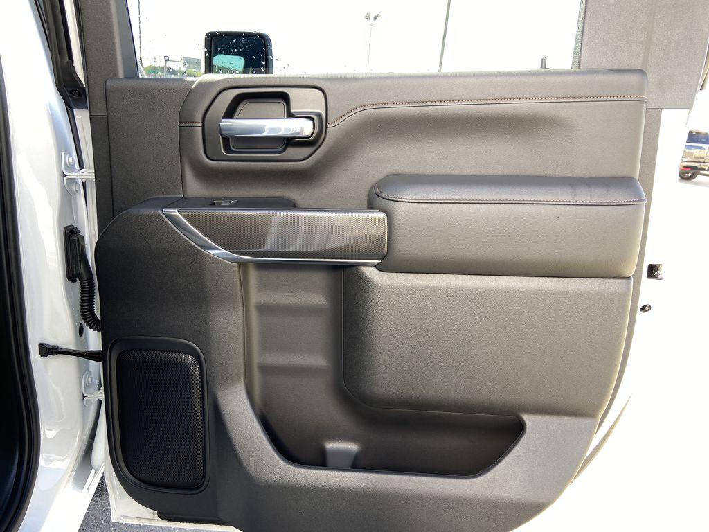White[Summit White] 2022 GMC Sierra 2500HD AT4 Right Rear Interior Door Panel Photo in Calgary AB