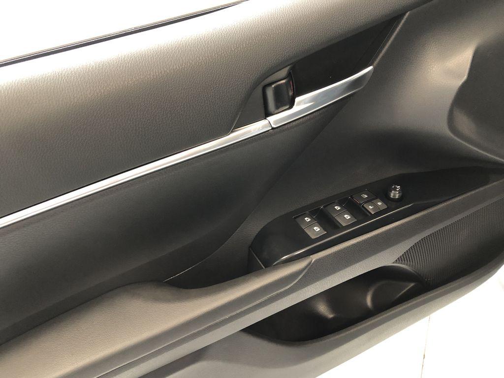 Midnight Black Metallic 2021 Toyota Camry SE Third Row Seat or Additional  Photo in Edmonton AB