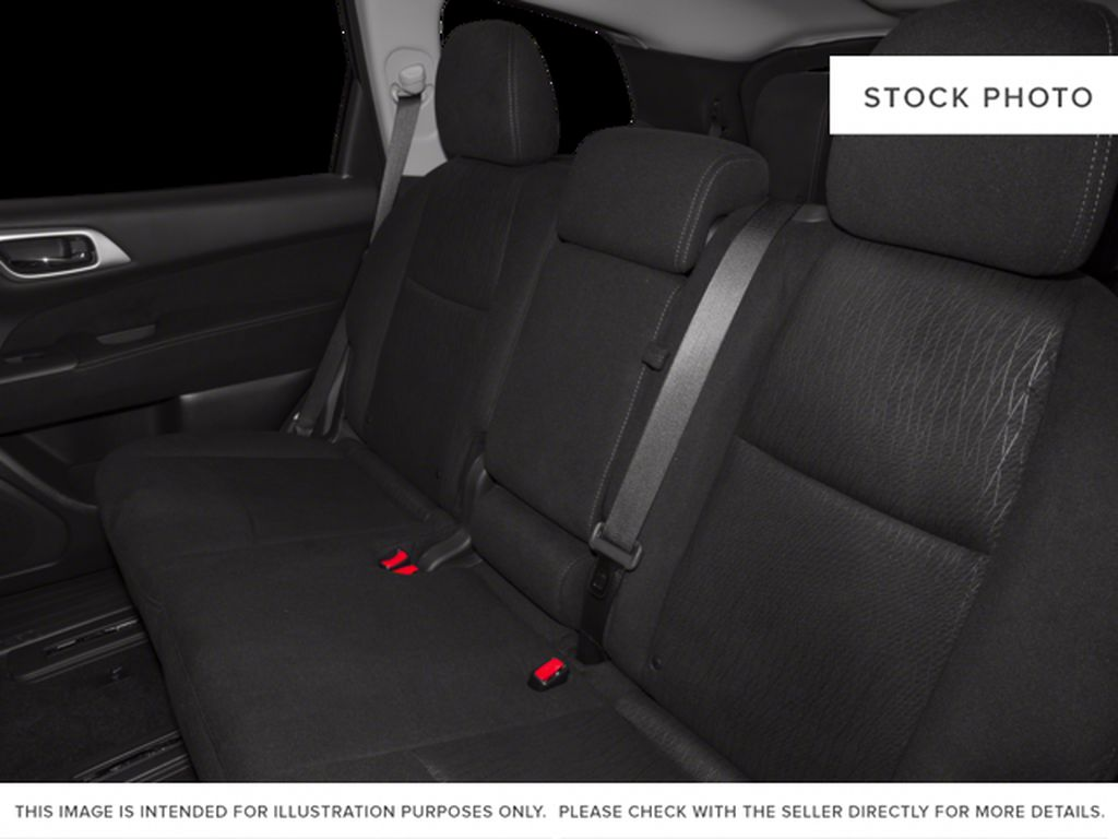 White[Pearl White] 2015 Nissan Pathfinder Left Side Rear Seat  Photo in Fort Macleod AB