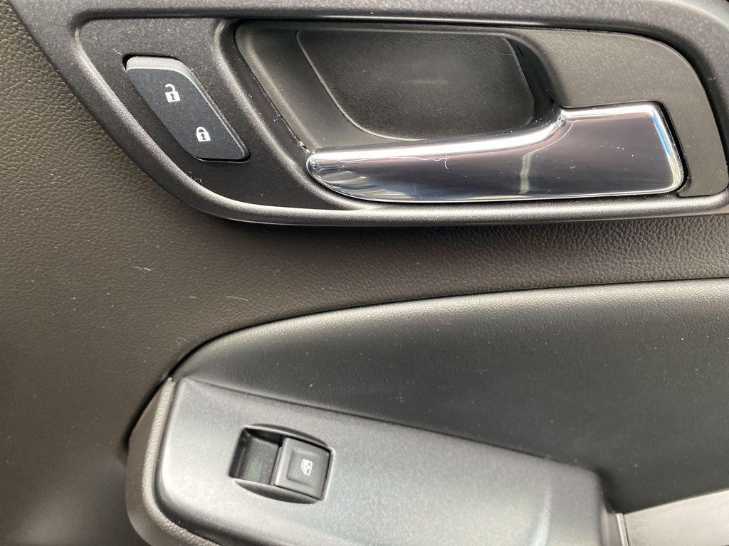 Gray[Iridium Metallic] 2017 GMC Yukon SLT Passenger Front Door Controls Photo in Canmore AB