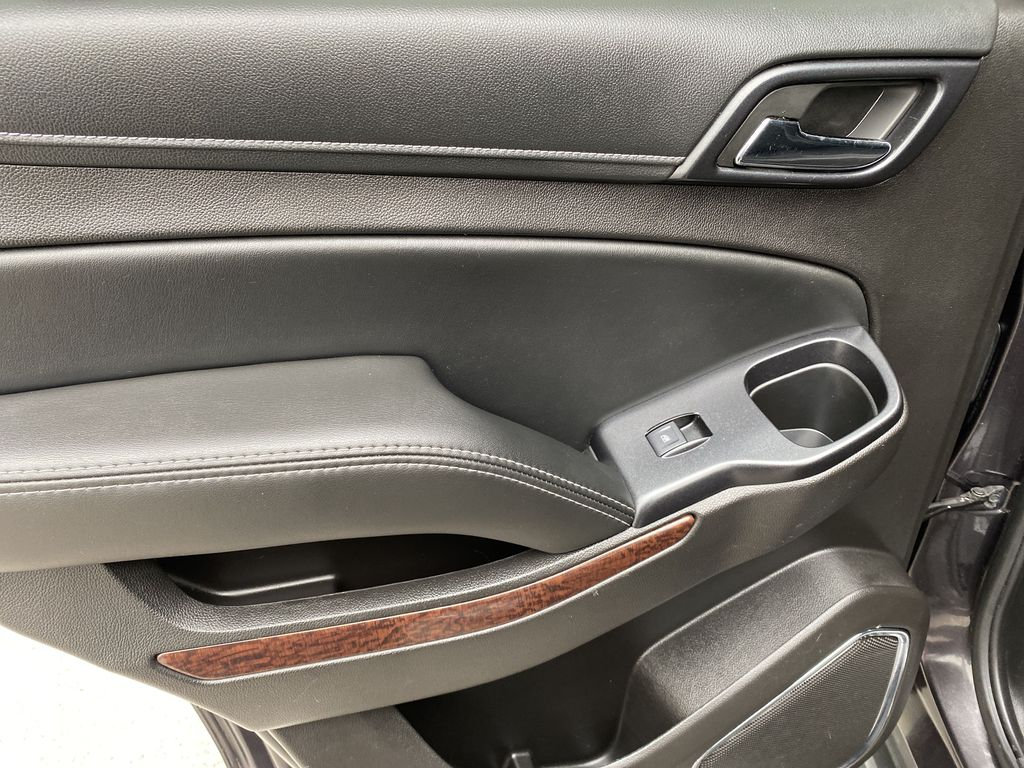 Gray[Iridium Metallic] 2017 GMC Yukon SLT Left Rear Interior Door Panel Photo in Canmore AB