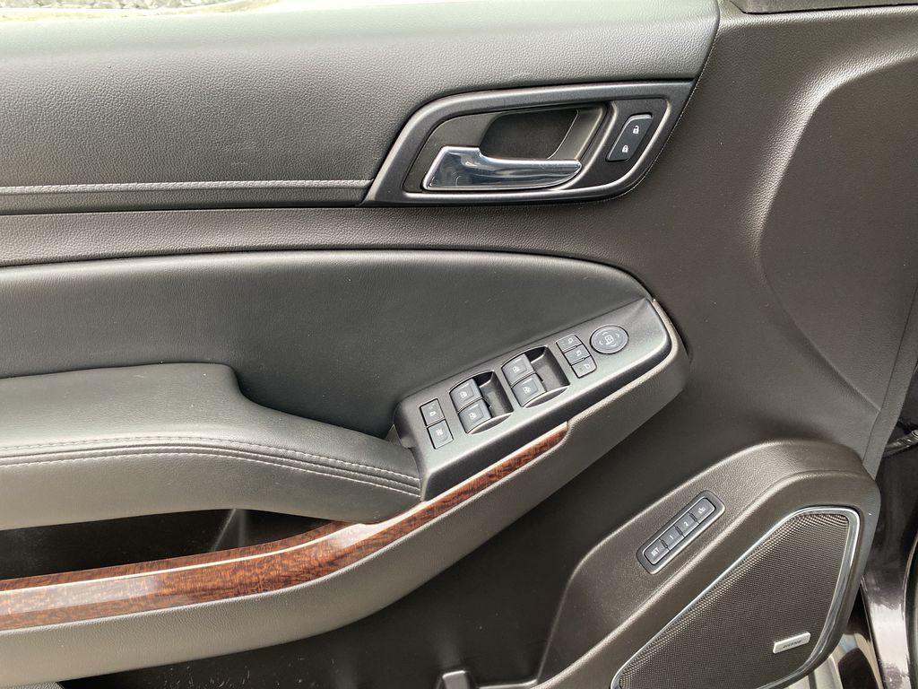 Gray[Iridium Metallic] 2017 GMC Yukon SLT Left Front Interior Door Panel Photo in Canmore AB