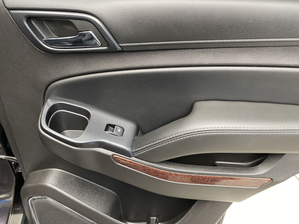Gray[Iridium Metallic] 2017 GMC Yukon SLT Right Rear Interior Door Panel Photo in Canmore AB