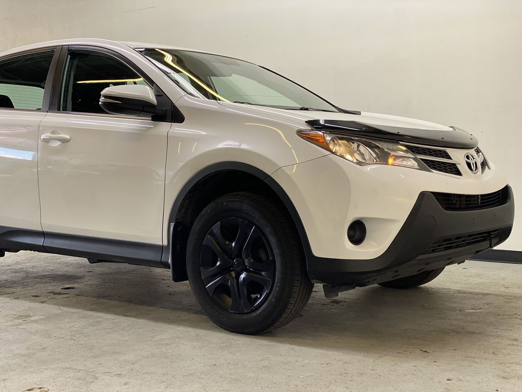WHITE 2015 Toyota RAV4 LE AWD - Bluetooth, Cruise Control, Air Conditioning Right Front Corner Photo in Edmonton AB