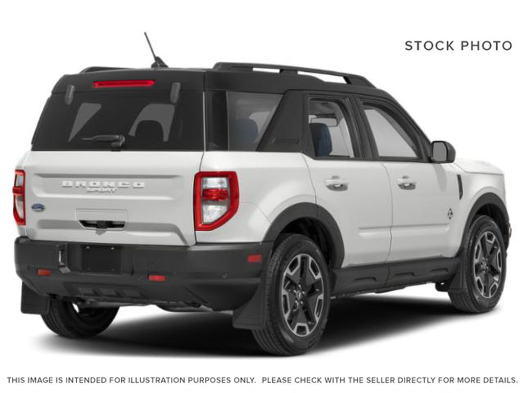 White[Oxford White] 2021 Ford Bronco Sport Right Rear Corner Photo in Dartmouth NS