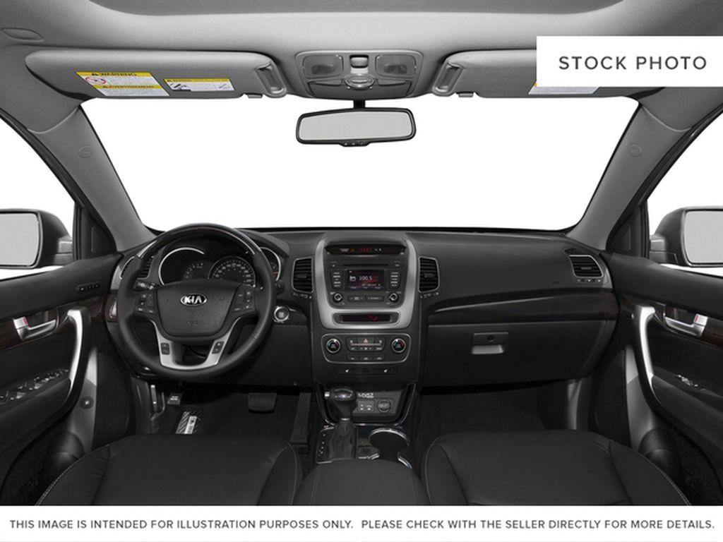 2015 Kia Sorento Steering Wheel and Dash Photo in Brandon MB