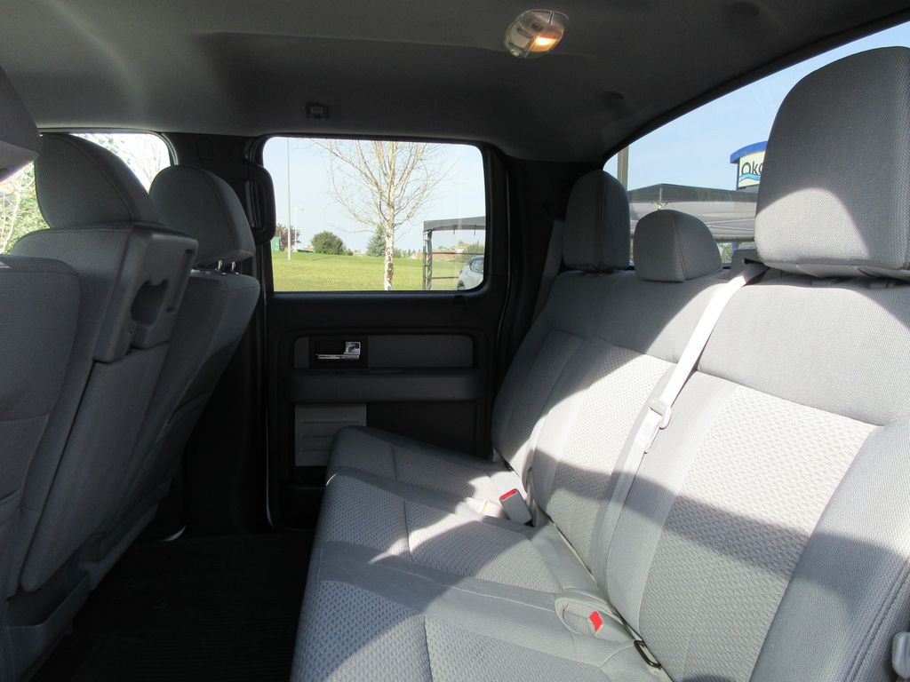2013 Ford F-150 Center Console Photo in Okotoks AB