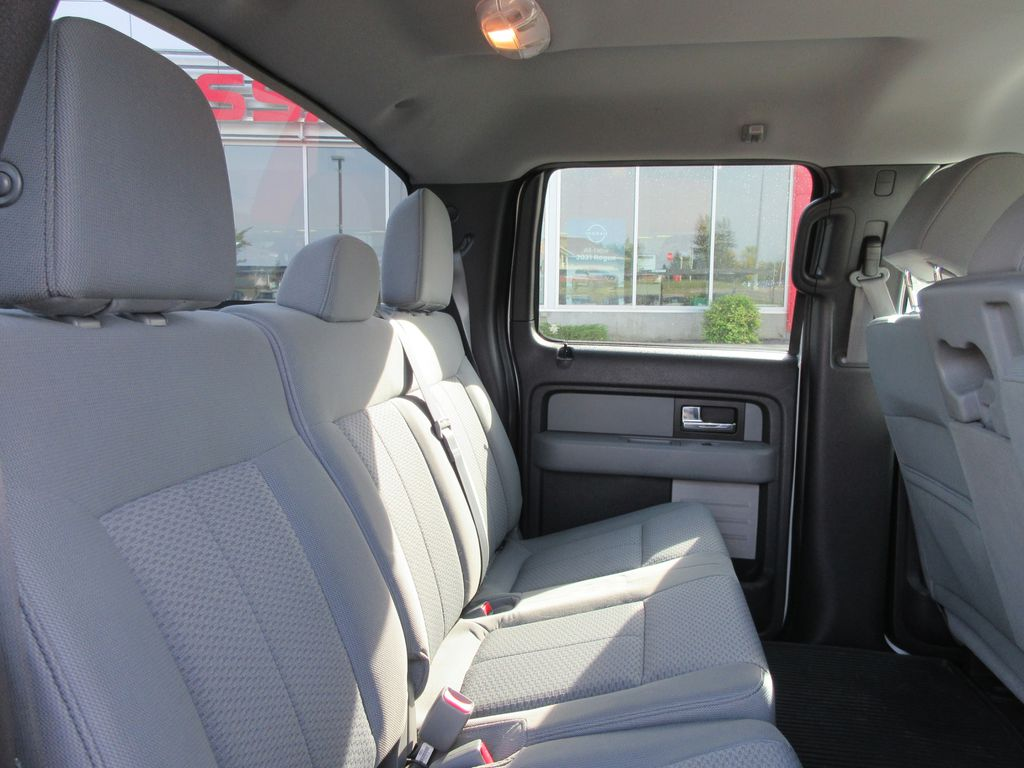 2013 Ford F-150 Central Dash Options Photo in Okotoks AB