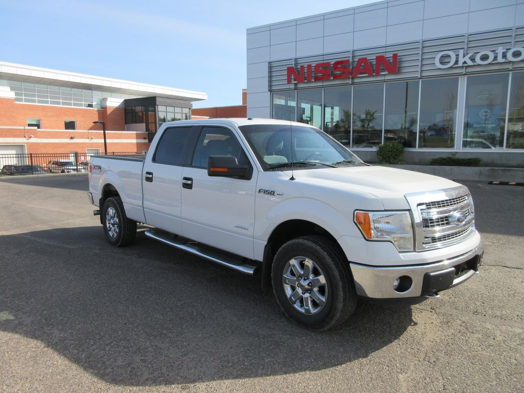 2013 Ford F-150 Steering Wheel and Dash Photo in Okotoks AB