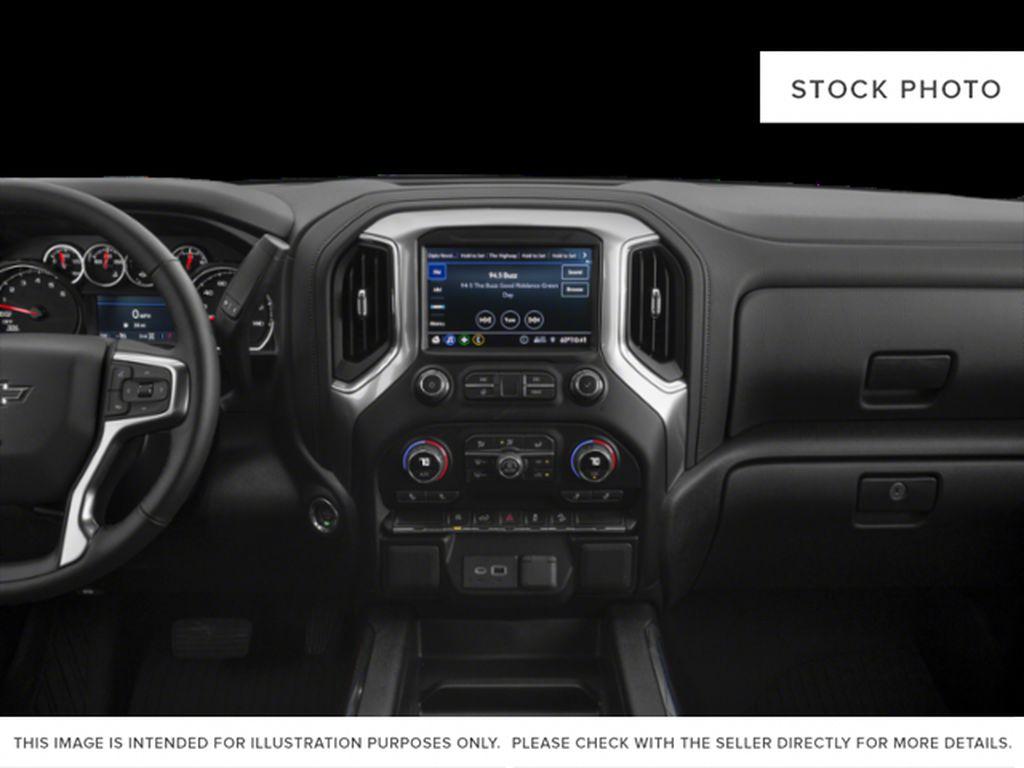 Black[Black] 2020 Chevrolet Silverado 1500 Radio Controls Closeup Photo in Fort Macleod AB