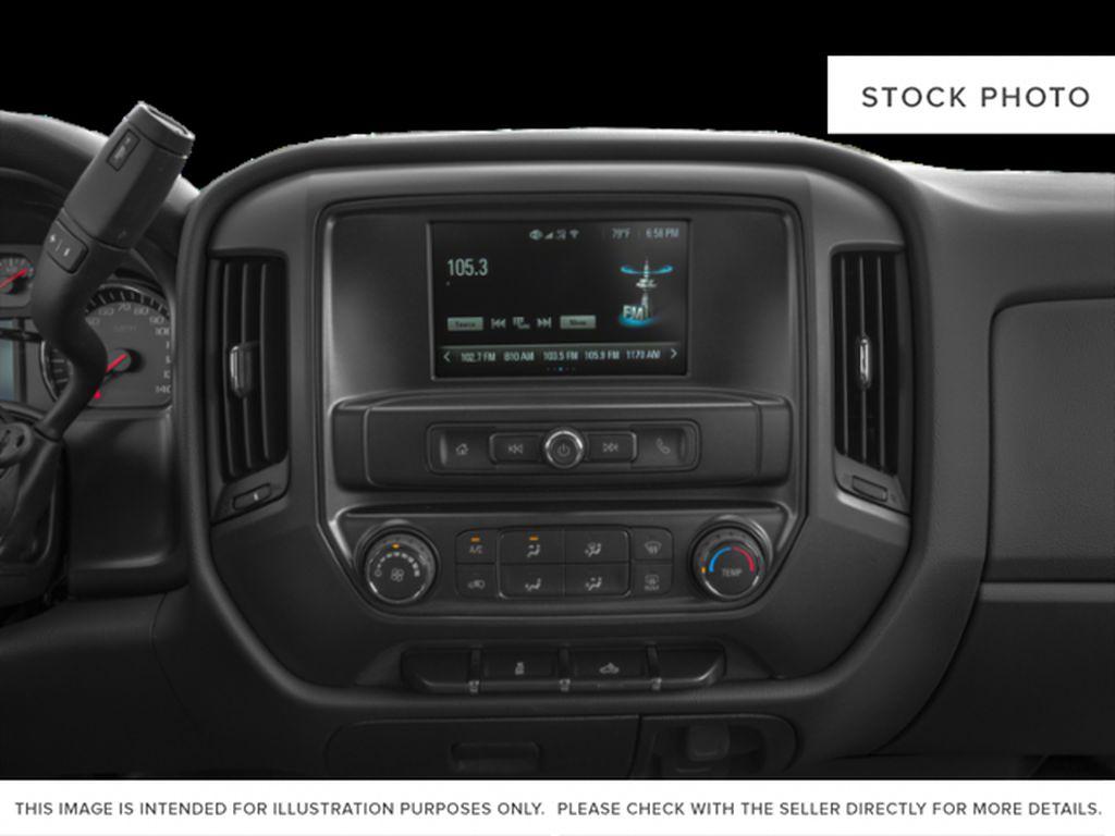 White[Iridescent Pearl Tricoat] 2019 Chevrolet Silverado 2500HD Radio Controls Closeup Photo in Fort Macleod AB
