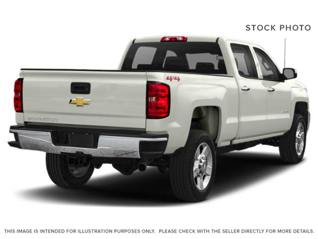 White[Iridescent Pearl Tricoat] 2019 Chevrolet Silverado 2500HD Right Rear Corner Photo in Fort Macleod AB