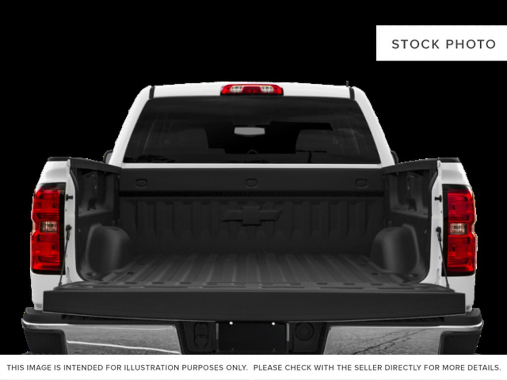White[Iridescent Pearl Tricoat] 2019 Chevrolet Silverado 2500HD Trunk / Cargo Area Photo in Fort Macleod AB