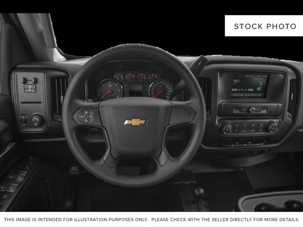 White[Iridescent Pearl Tricoat] 2019 Chevrolet Silverado 2500HD Steering Wheel and Dash Photo in Fort Macleod AB