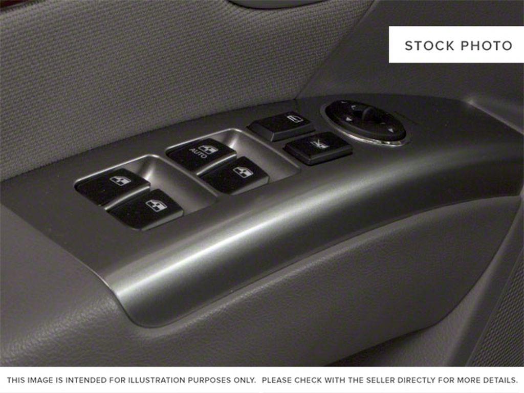 Silver[Moonstone Silver Metallic] 2012 Hyundai Santa Fe  Driver's Side Door Controls Photo in Ottawa ON