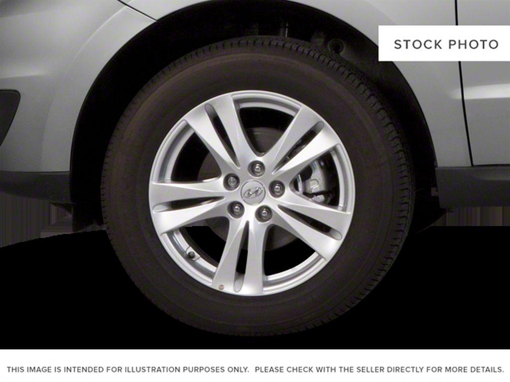 Silver[Moonstone Silver Metallic] 2012 Hyundai Santa Fe Left Front Rim and Tire Photo in Ottawa ON