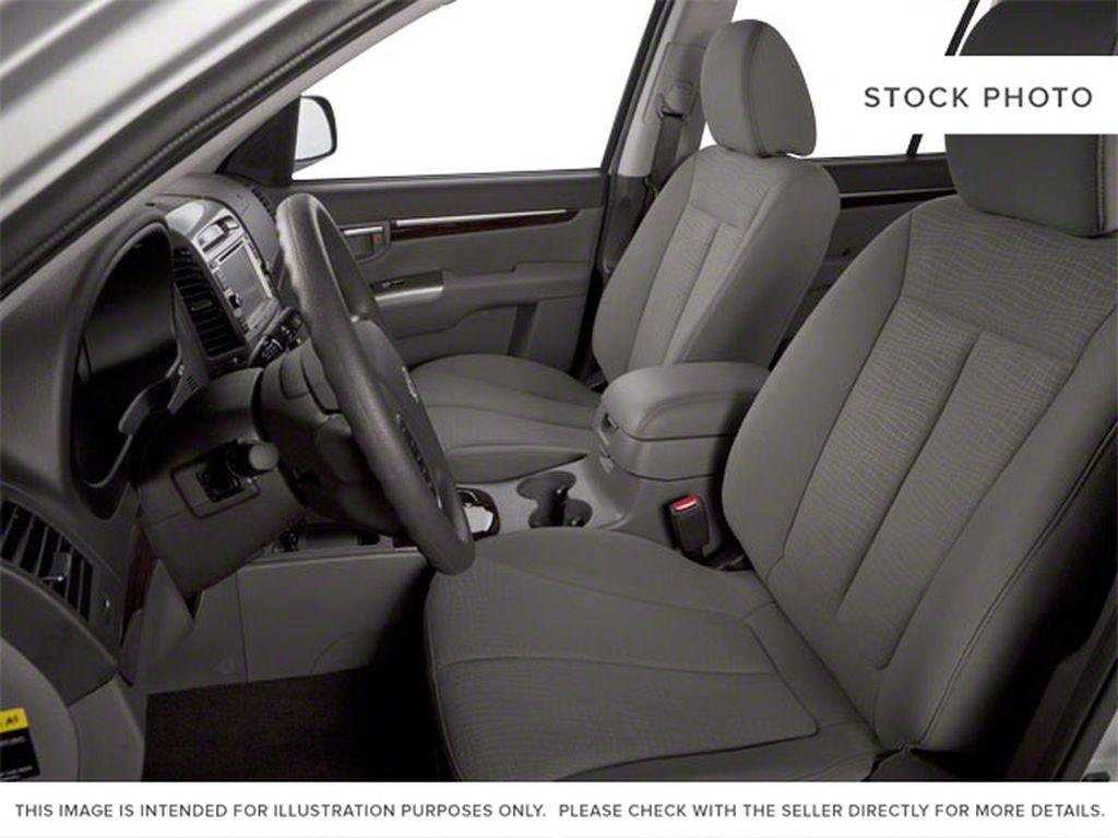 Silver[Moonstone Silver Metallic] 2012 Hyundai Santa Fe Left Front Interior Photo in Ottawa ON