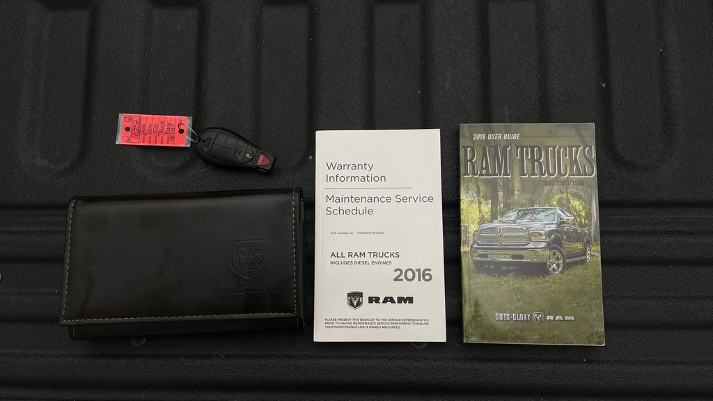 Green[Black Forest Green Pearl] 2016 Ram 1500 SXT 4WD - Crew Cab, 8 Speed Transmission, 3.6L V6 Mobile Accessories in Winnipeg MB