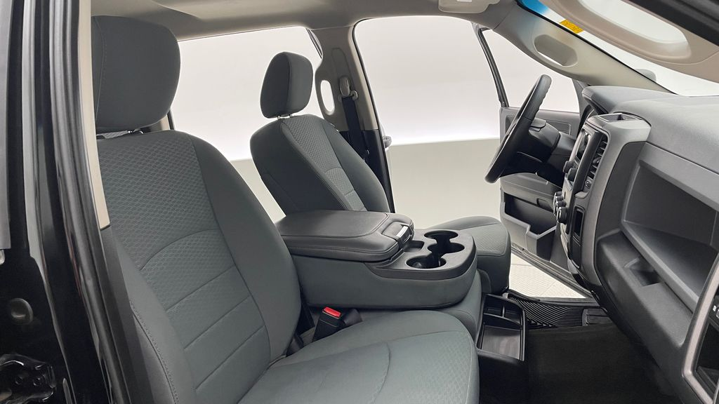 Green[Black Forest Green Pearl] 2016 Ram 1500 SXT 4WD - Crew Cab, 8 Speed Transmission, 3.6L V6 Right Side Front Seat  Photo in Winnipeg MB