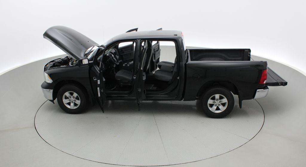 Green[Black Forest Green Pearl] 2016 Ram 1500 SXT 4WD - Crew Cab, 8 Speed Transmission, 3.6L V6 Left Side Photo in Winnipeg MB