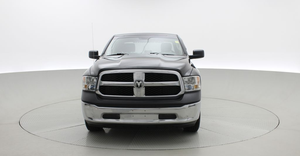 Green[Black Forest Green Pearl] 2016 Ram 1500 SXT 4WD - Crew Cab, 8 Speed Transmission, 3.6L V6 Front Vehicle Photo in Winnipeg MB