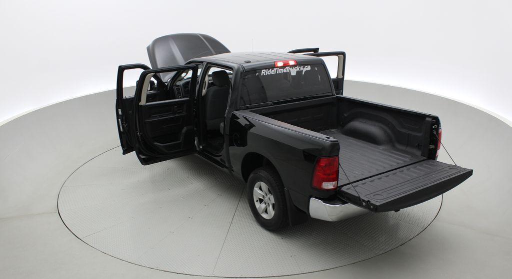 Green[Black Forest Green Pearl] 2016 Ram 1500 SXT 4WD - Crew Cab, 8 Speed Transmission, 3.6L V6 Right  Rear Corner Photo in Winnipeg MB