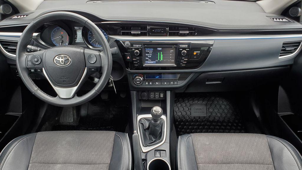 White[Alpine White] 2016 Toyota Corolla Main Interior Photo in Kelowna BC