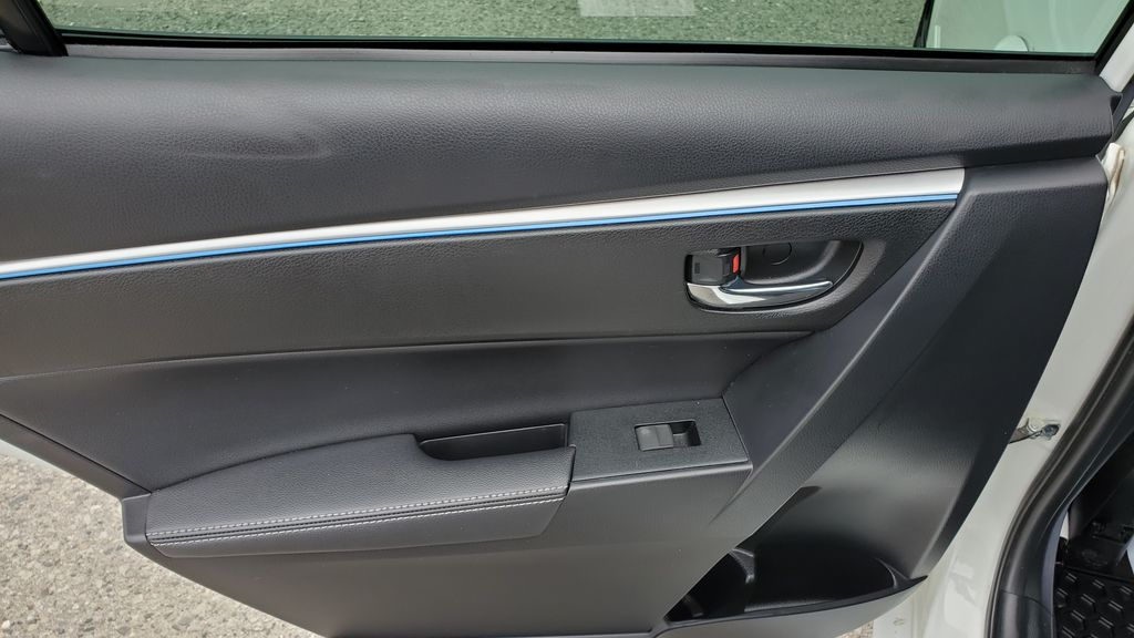 White[Alpine White] 2016 Toyota Corolla Left Rear Interior Door Panel Photo in Kelowna BC