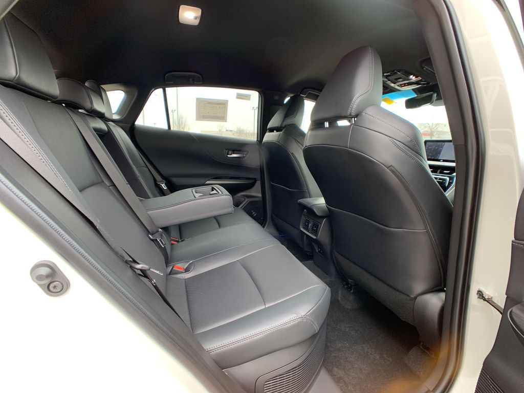 White[Blizzard Pearl] 2021 Toyota Venza XLE Package AVENBC AA Right Side Front Seat  Photo in Brampton ON
