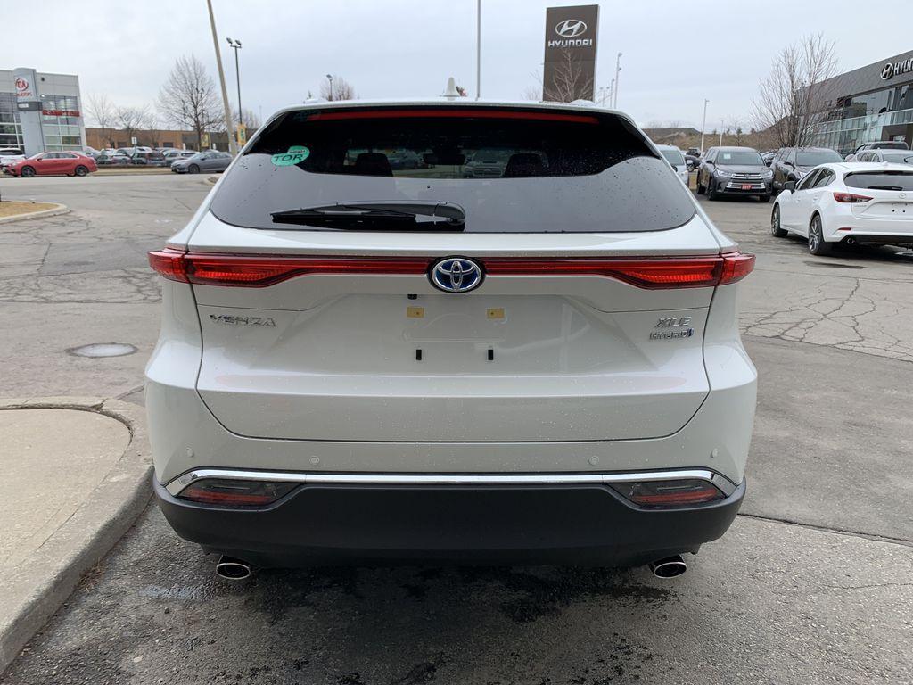 White[Blizzard Pearl] 2021 Toyota Venza XLE Package AVENBC AA Left Front Interior Photo in Brampton ON