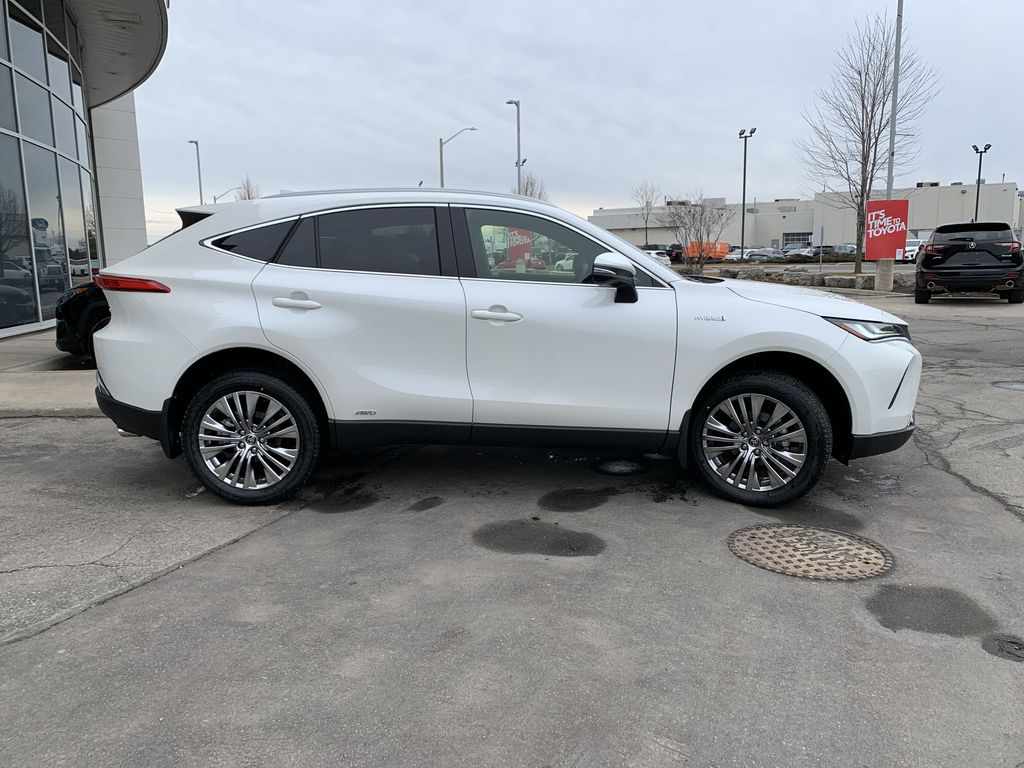 White[Blizzard Pearl] 2021 Toyota Venza XLE Package AVENBC AA Front Vehicle Photo in Brampton ON