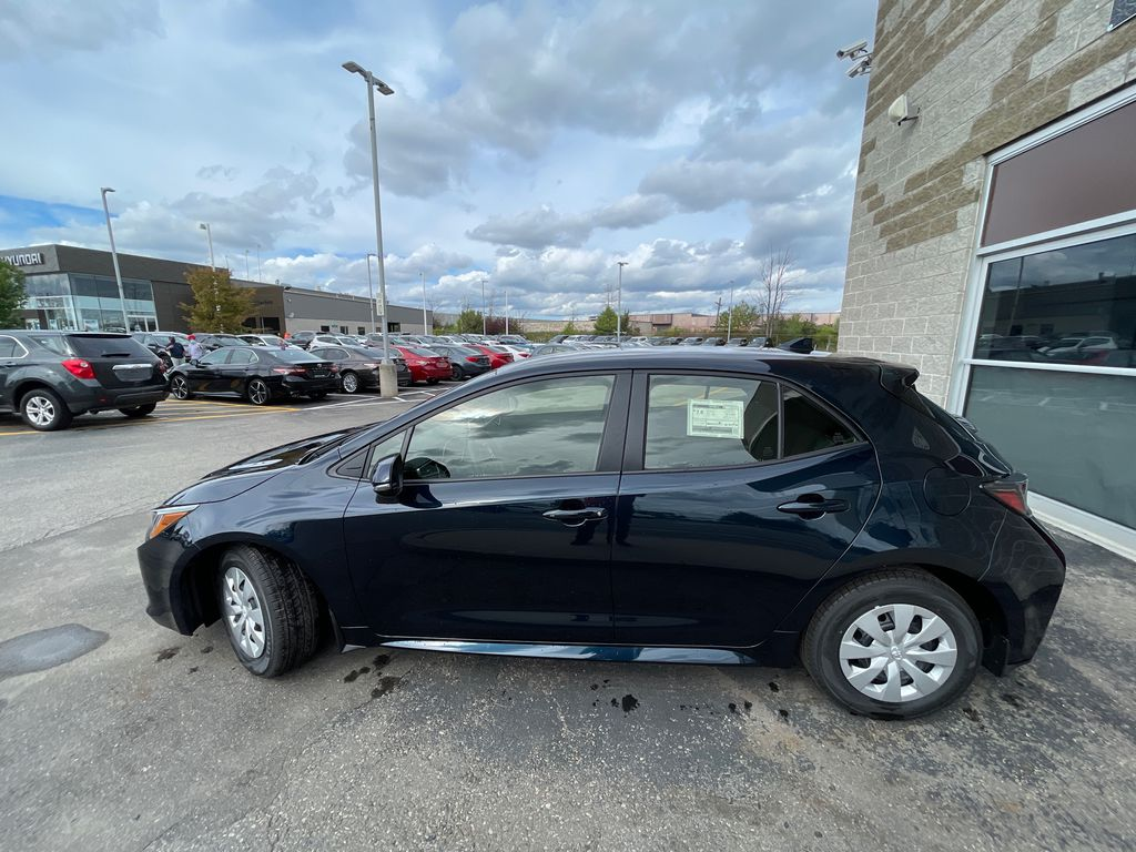Blue[Galactic Aqua Mica] 2022 Toyota Corolla Hatchback Standard Package K4RBEC AM Left Front Rim and Tire Photo in Brampton ON