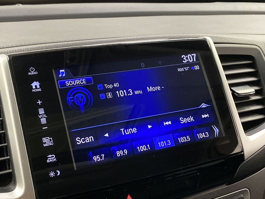 2017 Honda Ridgeline Radio Controls Closeup Photo in Dartmouth NS