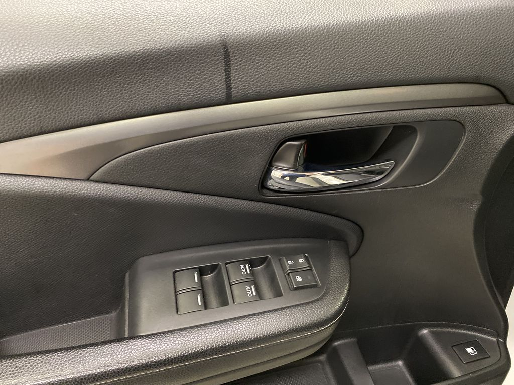 2017 Honda Ridgeline  Driver's Side Door Controls Photo in Dartmouth NS