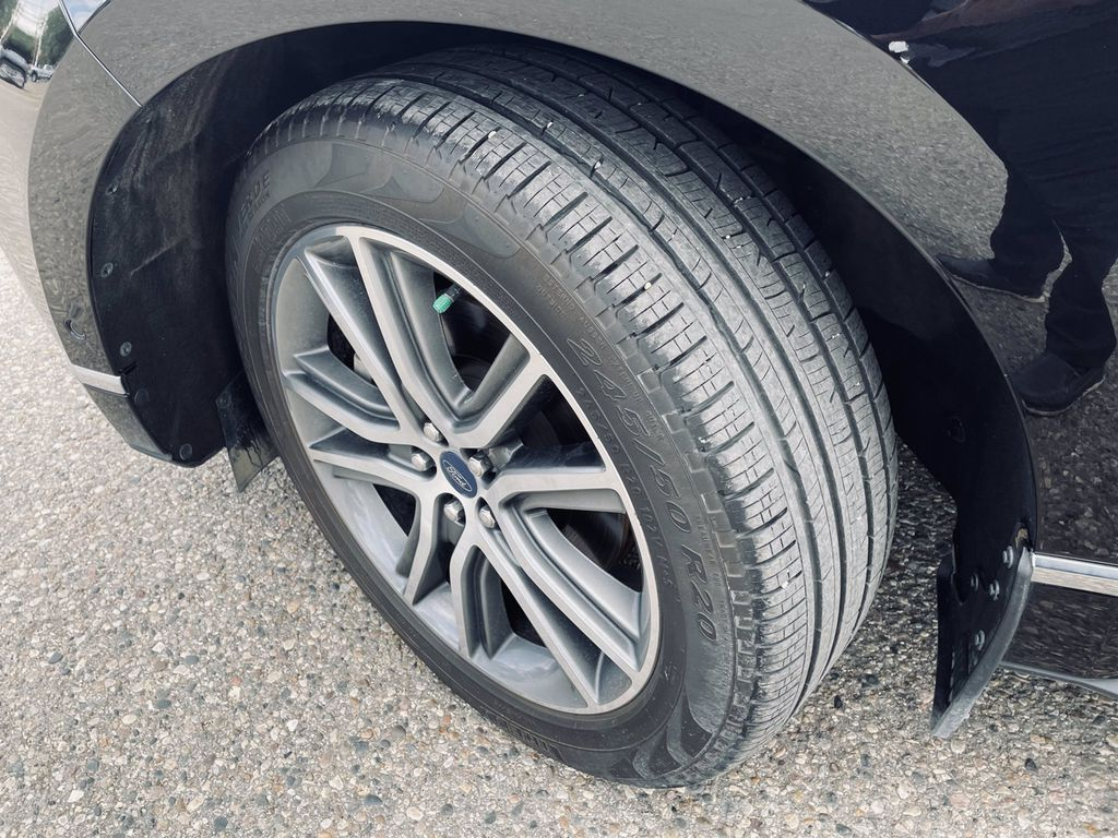 Black[Agate Black] 2019 Ford Edge Engine Compartment Photo in Brandon MB