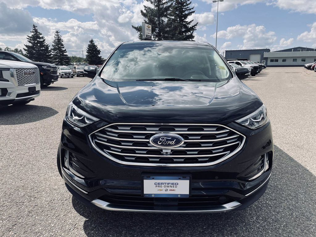 Black[Agate Black] 2019 Ford Edge Left Front Corner Photo in Brandon MB