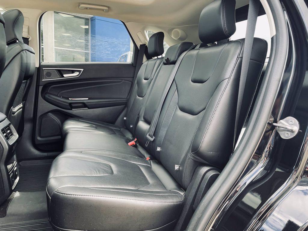 Black[Agate Black] 2019 Ford Edge Trim Specific Photo in Brandon MB