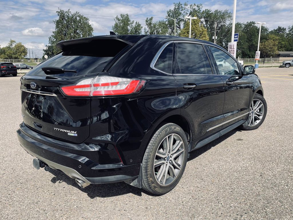 Black[Agate Black] 2019 Ford Edge  Driver's Side Door Controls Photo in Brandon MB