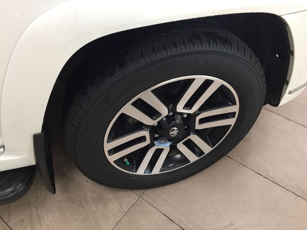 White[Blizzard Pearl] 2019 Toyota 4Runner Limited Right Front Rim and Tire Photo in Sherwood Park AB