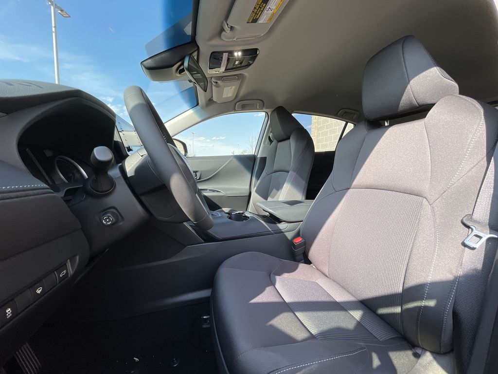 Gray[Coastal Gray Metallic] 2021 Toyota Venza AWD LE Package AVENAC AM Backup Camera Closeup Photo in Brampton ON