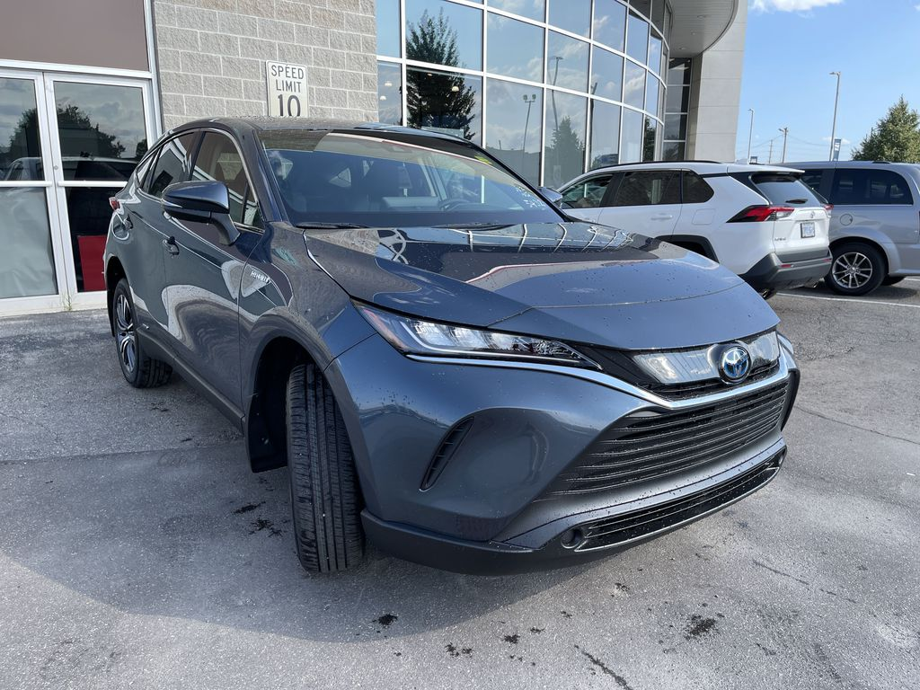 Gray[Coastal Gray Metallic] 2021 Toyota Venza AWD LE Package AVENAC AM Left Side Photo in Brampton ON