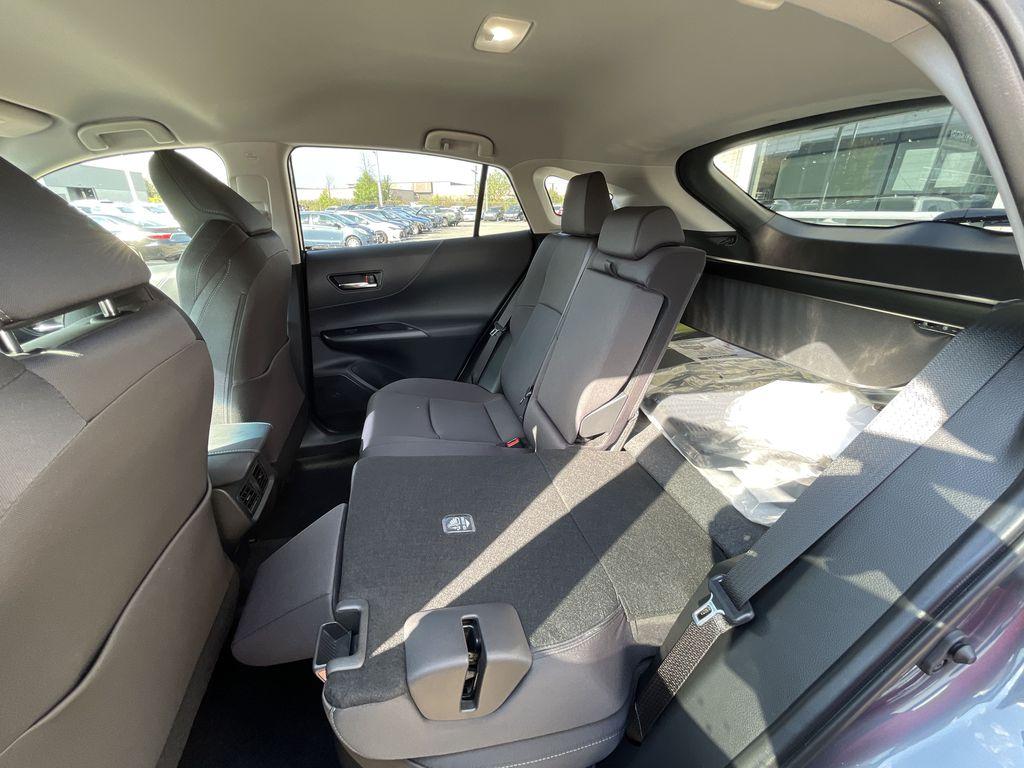 Gray[Coastal Gray Metallic] 2021 Toyota Venza AWD LE Package AVENAC AM Right Front Corner Photo in Brampton ON