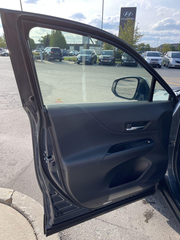 Gray[Coastal Gray Metallic] 2021 Toyota Venza AWD LE Package AVENAC AM Left Rear Corner Photo in Brampton ON