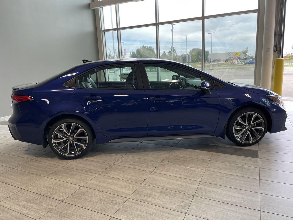Blue Crush Metallic W/Black Roof 2022 Toyota Corolla XSE Right Rear Corner Photo in Edmonton AB