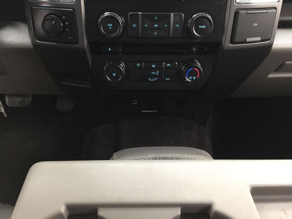 SILVER 2016 Ford F-150 XLT SUPERCREW Lower Dash Photo in Sherwood Park AB
