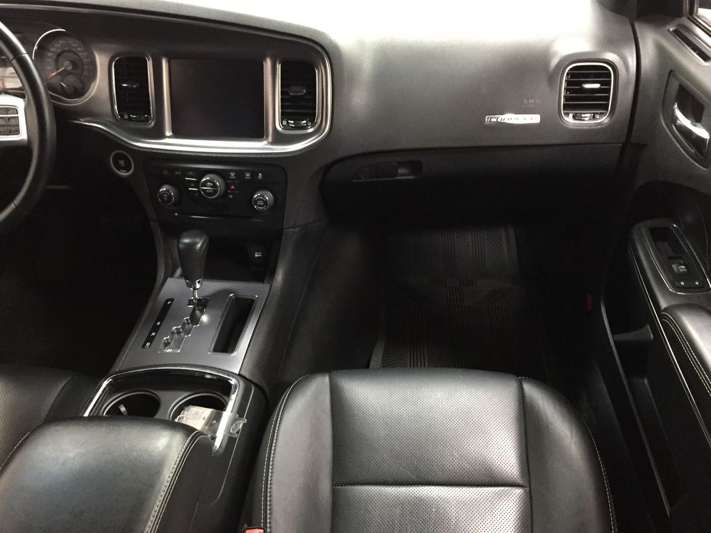 Black[Phantom Black Tri-Coat Pearl] 2014 Dodge Charger R/T LEATHER SUNROOF Right Front Seat Photo in Sherwood Park AB