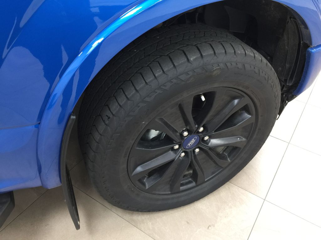 BLUE 2019 Ford F-150 XLT SPORT CREWCAB 5.0L V8 Right Front Rim and Tire Photo in Sherwood Park AB